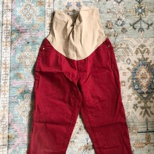 A pea in the pod red maternity jeans